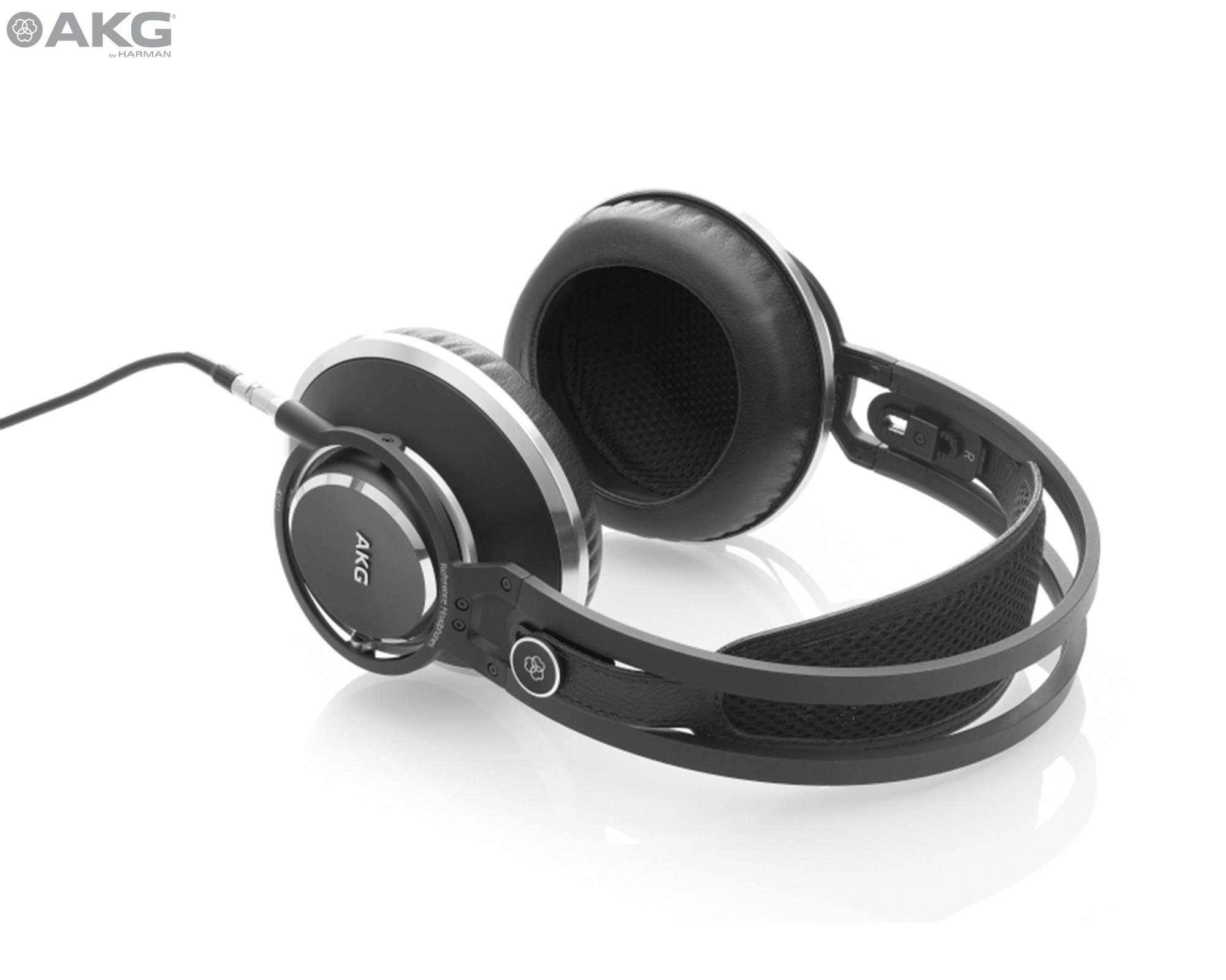 Sound On Sound review AKG's K872 flagship closed-back headphones