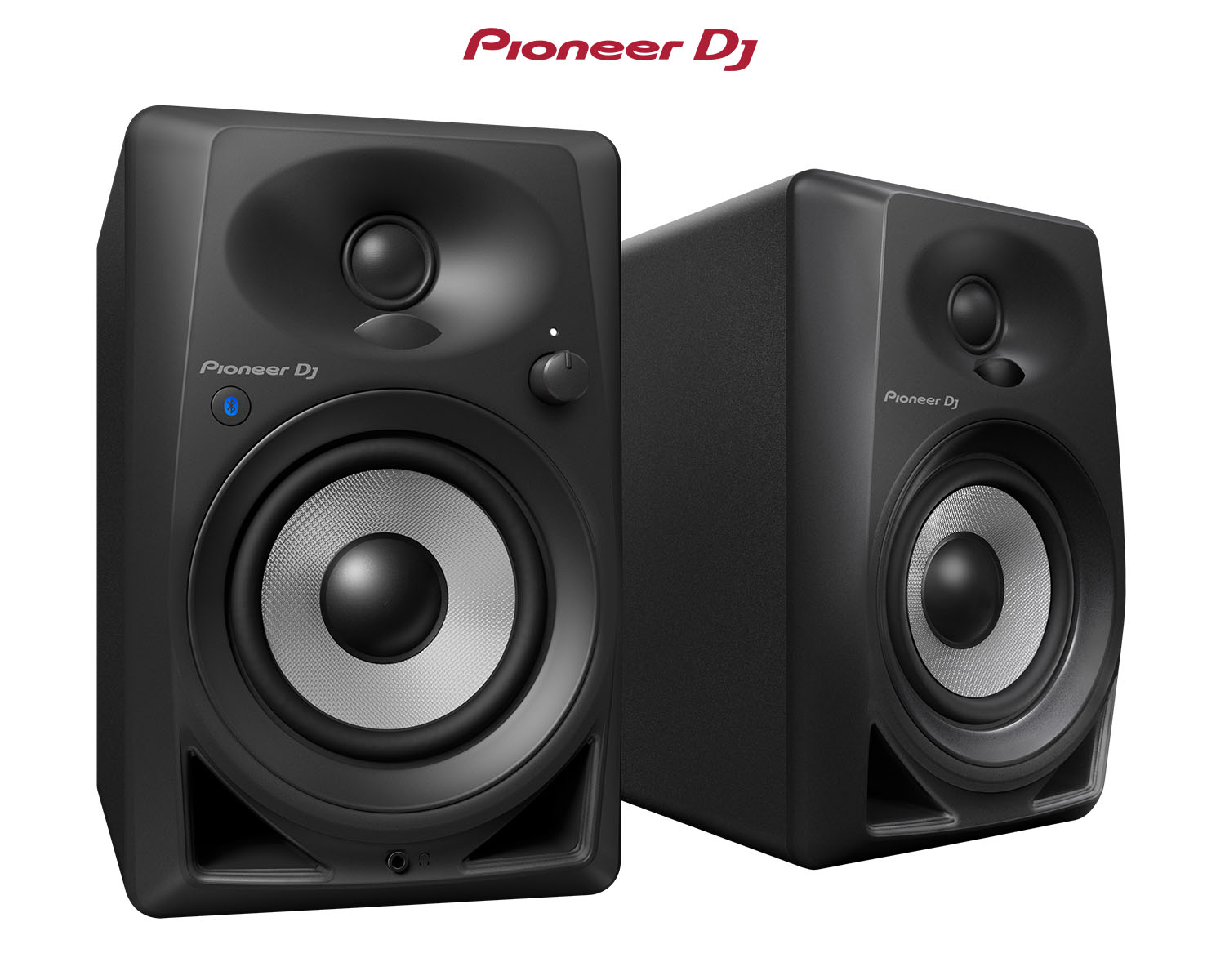 Meet the DM-40BT Bluetooth® desktop monitor speakers by Pioneer DJ